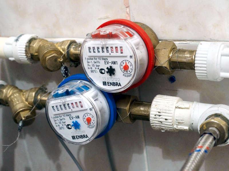 Стоимость установки счетчика воды в квартире в Москве