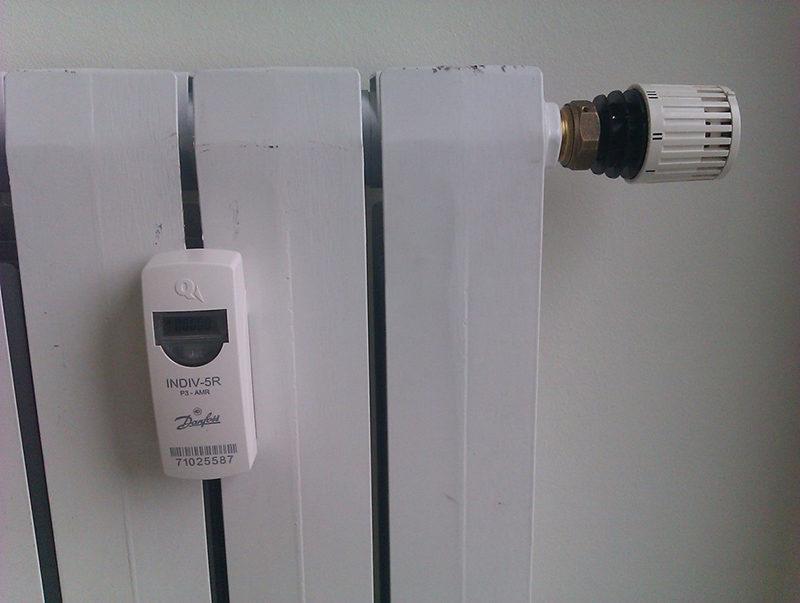 Закрепить счетчик на современный радиатор – задача не из самых сложных